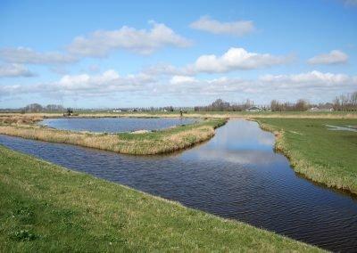 De waterrijke omgeving van Jisp